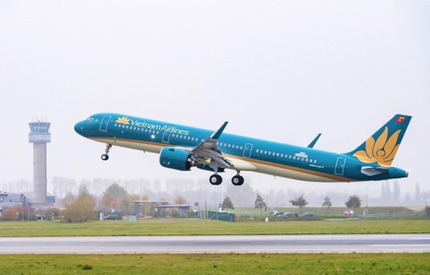 National flag carrier Vietnam Airlines announced on November 6 that it will open two new routes connecting Ho Chi Minh City and Hanoi with China's Shenzhen.(Photo: VNA)