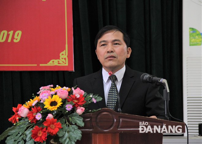 Newly-appointed Editor-in-Chief Nam speaking at the event